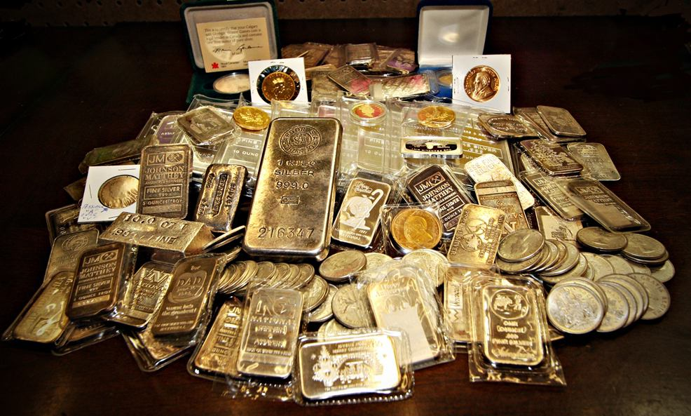 Buying and Selling Gold - A-Z Pawn - Kelowna Pawn Shop