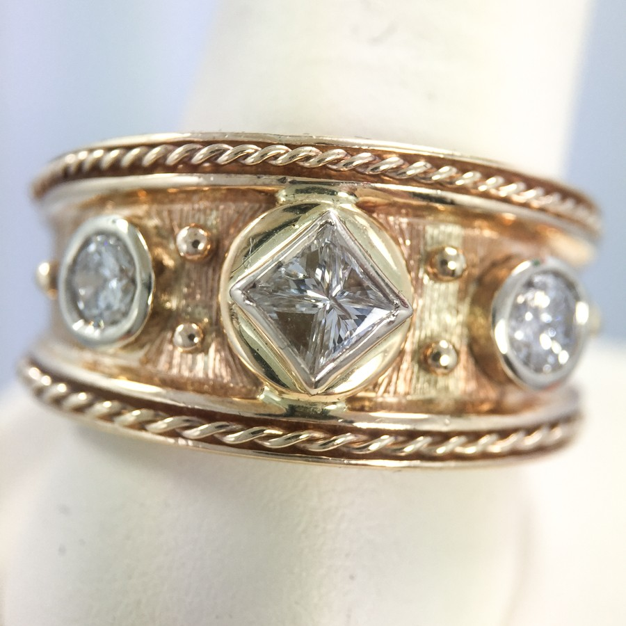 Gents Gold Diamond Ring